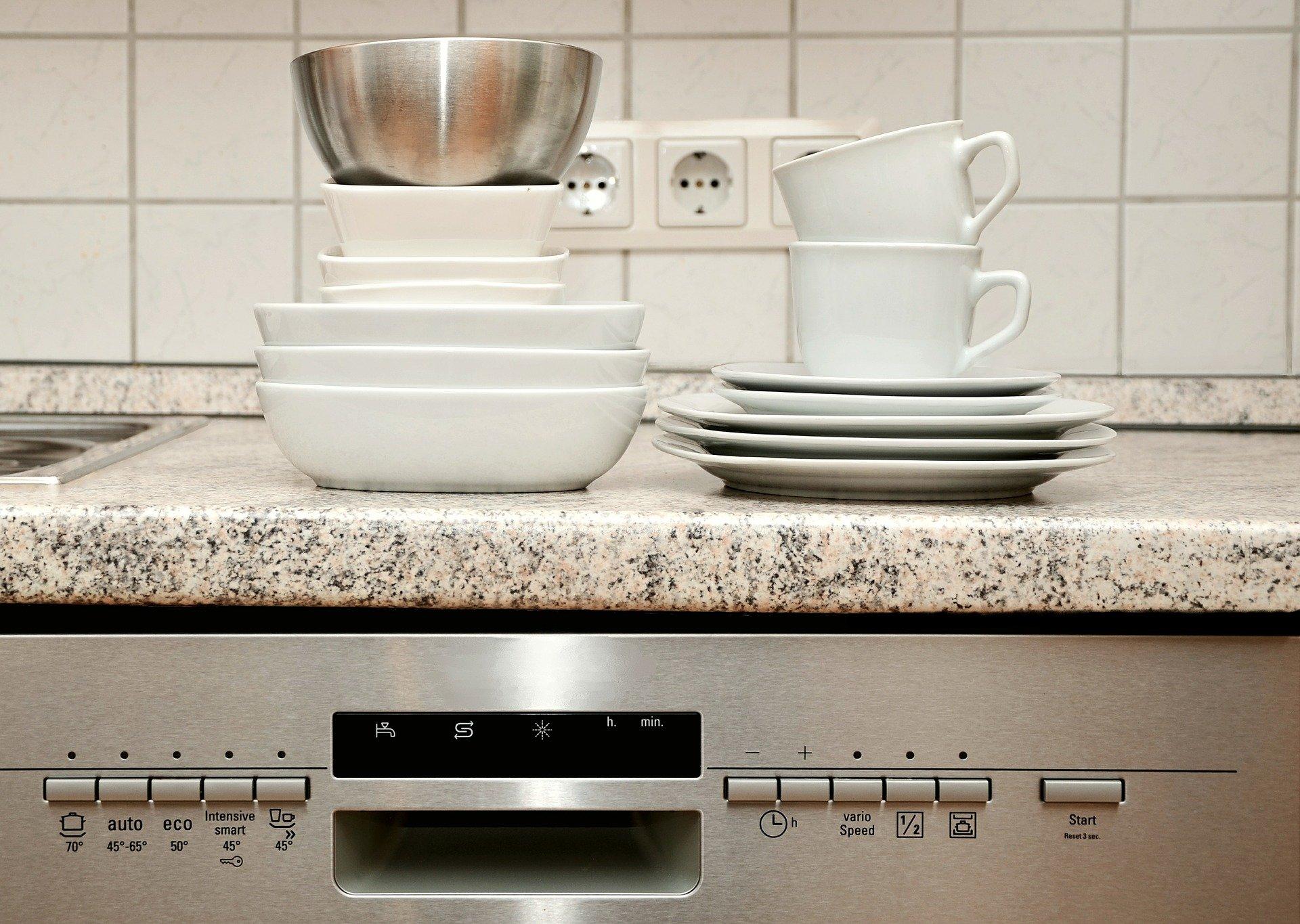 troubleshooting a stinky dishwasher